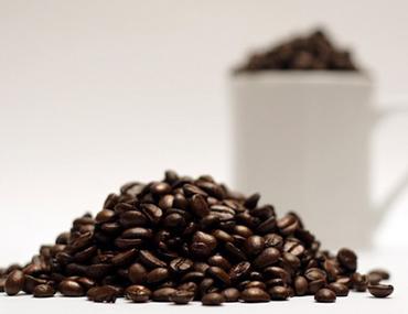 lak's coffee organic coffee cà phê sạch, cà phê nguyên chất Which coffee has the most caffeine?